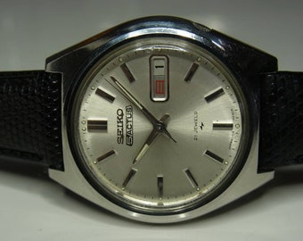Vintage Seiko 5 ACTUS 7019 Fast delivery 21 stone automatic