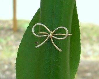 14k Gold Bow Ring