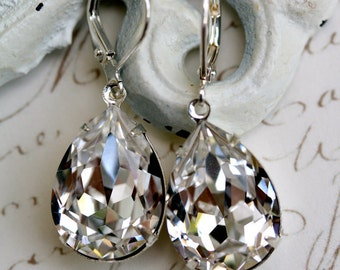 Swarovski Crystal Earrings, Estate Style Earrings, Diamond Clear, Tear Drop Earrings, Bridesmaids Earrings