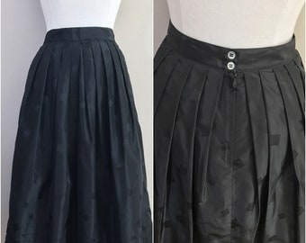 Black Pleated Skirt Embossed with Squares by Liz Claiborne // Black Classic Pleated Skirt