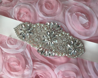 Bridal sash, wedding sash, rhinestone applique sash, bridesmaid sash, wedding belt, bridal dress belt, crystal sash, satin ribbon sash