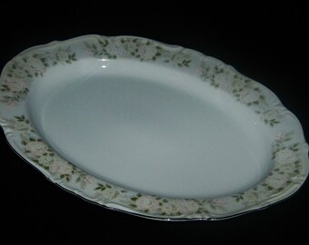 Sheffield Fine China Classic Pale Pink Roses Oval Serving Platter Japan