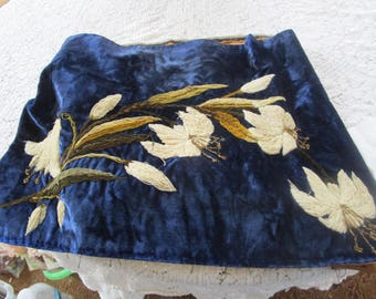 Price Reduced - Antique Victorian Fireplace Mantle Scarf