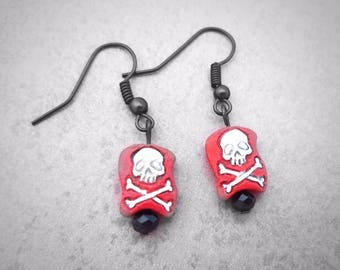 Pirate Earrings,Buccaneer Earrings, Pirate Festival Jewelry, Pirate Costume accessories, Red pirate flag earrings, skull and crossbones