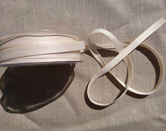 """Pack of 5m of """"Peach Skin"""" ribbon 9mm / 51 Ecru"""