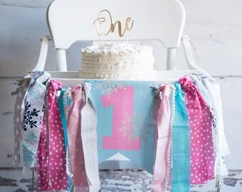 Winter Onderland Highchair Banner, Pink Onderland 1st Birthday Decor, Winter Onderland Party, Snowflake First Birthday Party, HC015