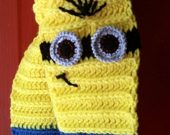 Minion scarf