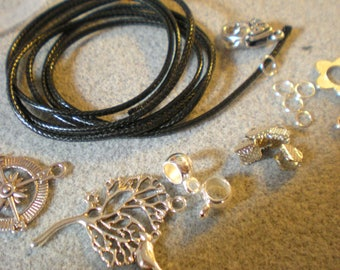 KIT to make 2 necklaces: tree of life and star wind