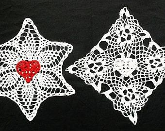 Heart Doilies - Doily Set of 2 Crochet Heart Doilies - Pink Heart Doily Red Heart Doily - Valentine gift - Mothers doily - White doily