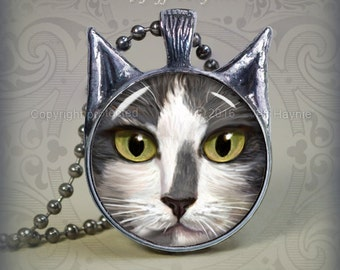 GW1 Grey Tuxedo Cat pendant