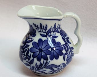 Blue and White small Milk, Honey or Syrup Creamer Pitcher  Cottage style