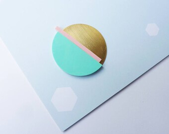 Acrylic Geometric Brooch - Gold Brooch - Geometric Brooch - Acrylic Brooch - Gold Jewelry - Minimal Brooch - Geometric Jewellery - Perspex