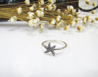 Cute Starfish Sterling Silver Ring, Sea Star Silver Ring, Oxidized Sterling Silver Ring, US Size 7 / 8, Gift for Her, Everyday Jewelry