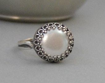Vintage Pearl,Ring,Pearl Ring,Pearl,Vintage,Vintage Ring,Adjustable,Bridesmaid,June Birthstone,Pearl Birthstone,White valleygirldesigns.