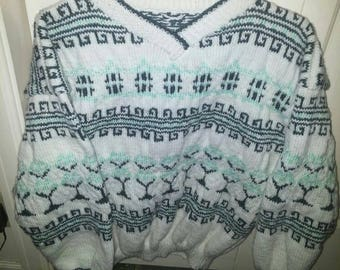 White women sweater medium large with Chinese motifs blue-green