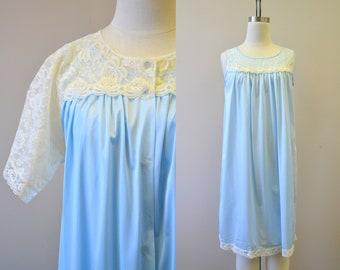 1960s Blue and Cream Peignoir Set