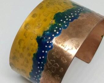 Colourful bangle