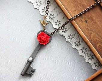 RED ROSE  Skeleton Key Necklace, Steampunk Necklace, Vintage Key, Red Rose Key