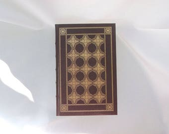 Vanity Fair by William Makepeace Thackeray, The Franklin Library, Vintage Gold Gilded, Leatherette Hardcover, 1981 Dark Wine