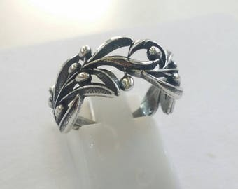 Olive branch ring in solid silver 925