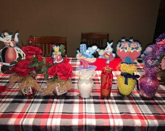 Set of 6 Alice in wonderland centerpieces.