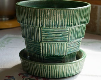 Vintage McCoy Green Medium Basketweave Planter with Attached Saucer