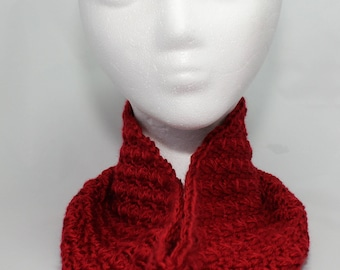 Crochet Cowl / Gift for Women / Neck Warmer / Crochet Scarf / Circle Scarf / Cowl Scarf / Crochet Cowl Scarf / Crochet Neck Warmer