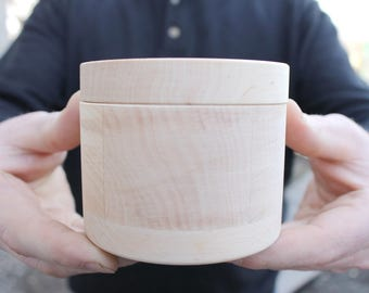 95 mm x 75 mm round unfinished wooden box - with cover - natural, eco friendly - 95 mm diameter