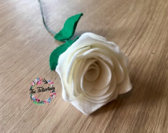 Handmade felt single stem rose, gifts for her, faux flower arrangement, flowers for her, floral decor, romantic everlasting flower bouquet