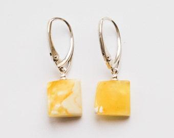 Natural Baltic Amber Earrings 2g