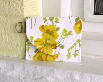 Floral Coin Purse from Vintage fabric, Keyring Wallet, Vintage Floral, Spring floral in yellow, Summer floral, Mother's day gift under 10