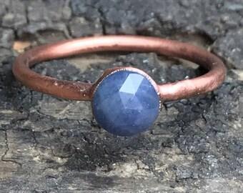 Blue sapphire ring / September birthstone ring / rosecut gemstone ring / gemstone ring / Gift for her / Anniversary gift / Copper ring