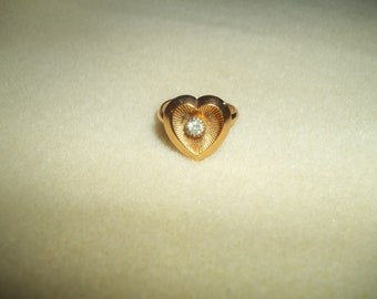 Sarah Coventry 'Heart's Desire' Ring With A Sunken Rhinestone