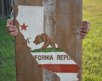 California State Flag - Pallet Wood Sign-Pallet Board-Rustic Barnwood Decor-Man Cave-Flags-Shabby-Reclaimed Wood-Hand Painte