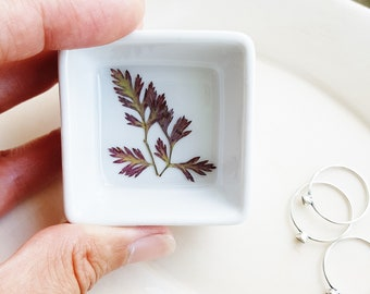 Red Leaf Ring Dish, Fern Ring Storage, Botanical Gift, Bridesmaid Gifts, Nature Lover Gifts, Ring Storage