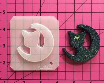 ON SALE!! Luna moon flexible plastic resin mold
