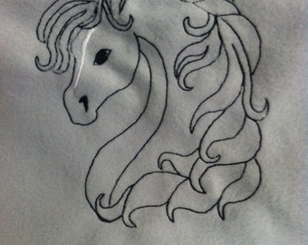 Horse head embroidery 4x4 file pes, jef, hus, xxx, exp files