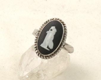 Vintage Wedgwood Ring Sterling Silver Black Jasper Cameo Ring Wedgewood Ring Jasperware Ring US Ring Size 7-1/4 UK Ring Size O Black Cameo