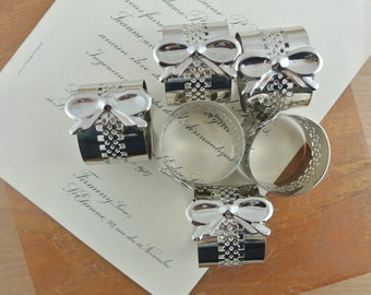 Vintage Bow Napkin Rings,  Silver Metal Napkin Rings, Set of 6, Metal Serviette Holders, Bow Napkin Holders