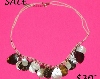SALE - Vintage 1970s Shell Beach Party Necklace