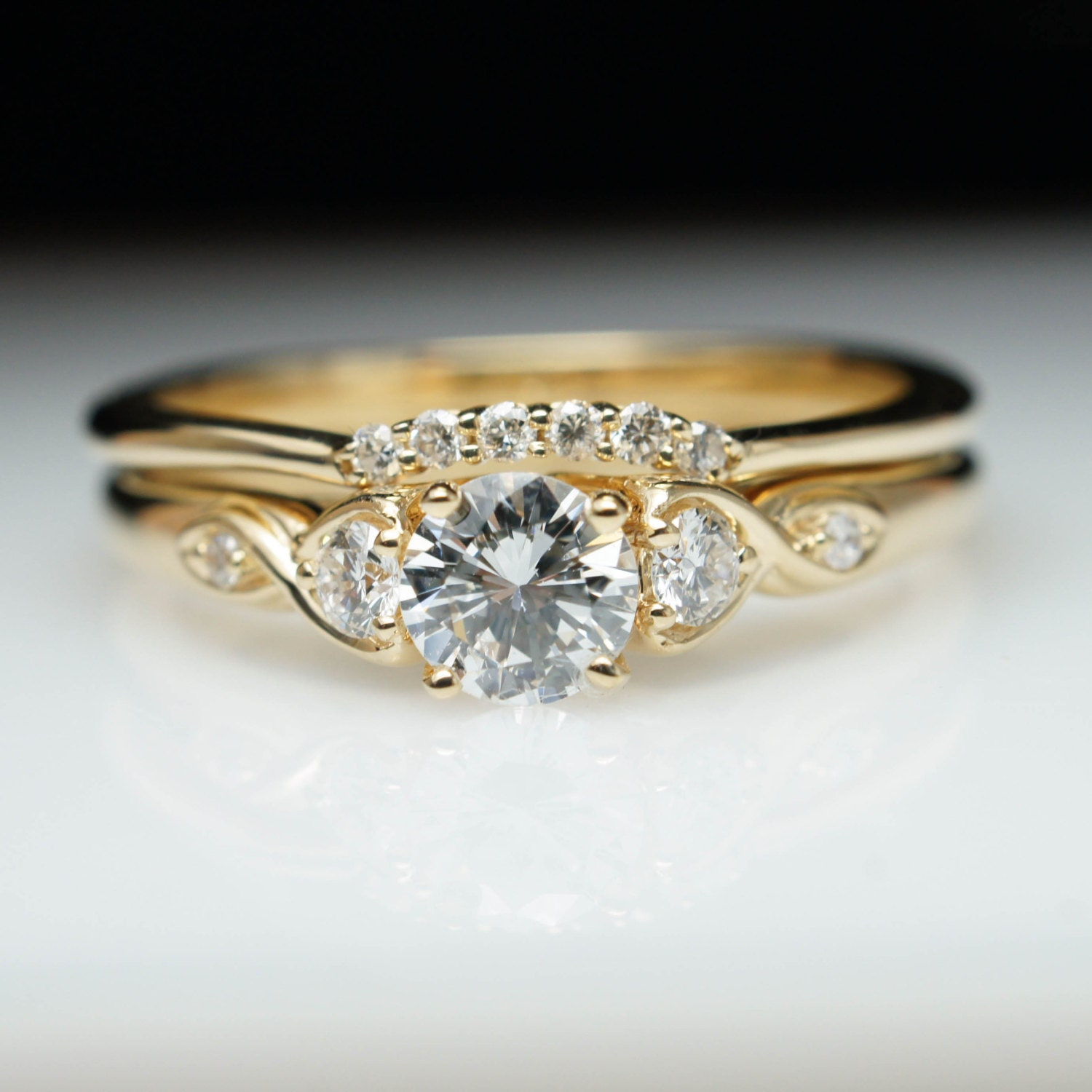 vintage antique style diamond engagement ring wedding band