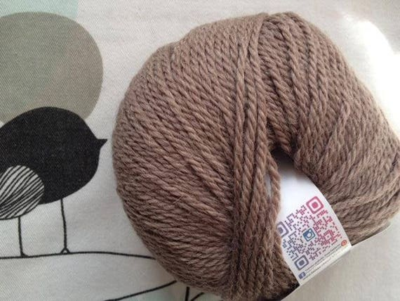 WOOL QUITO chestnut - white horse