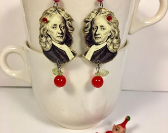 Sir Isaac Newton Earrings  Philosopher  Law of Gravity  Physicist  Astronomer