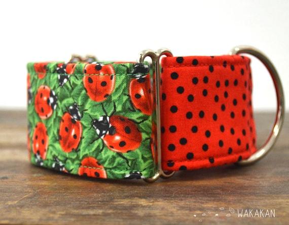 Martingale dog collar model LadyBug. Adjustable and handmade with 100% cotton fabric. Colorful bugs style. Wakakan
