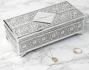 Personalised Silver Trinket Box - Jewellery Box - Gift For Her - Vintage - Gift For Daughter - Ring Box - Organiser - FREE UK DELIVERY