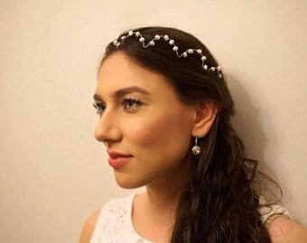Bridal pearl scalloped headpiece, Bridal pearl hair accessory, Bridal pearl halo, Bridal pearl tiara, Wedding headpiece, Bridal headpiece