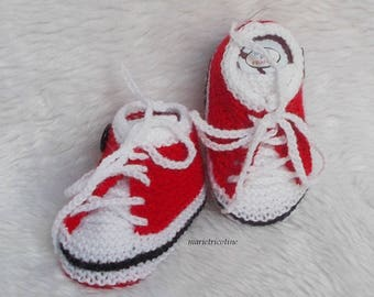 baby booties baby basketball 0/3 months handmade red white baby wool