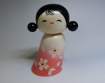"""Japanese Kokeshi Wooden doll Artist work Aoki Ryoka Ryouka Signed H10cm 4"""" 100g"""