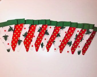 Red and Green Holiday Bunting