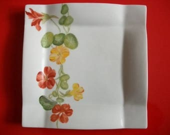 Porcelain square plate of Limoges decorated by hand 'Climbing Nasturtium flowers'
